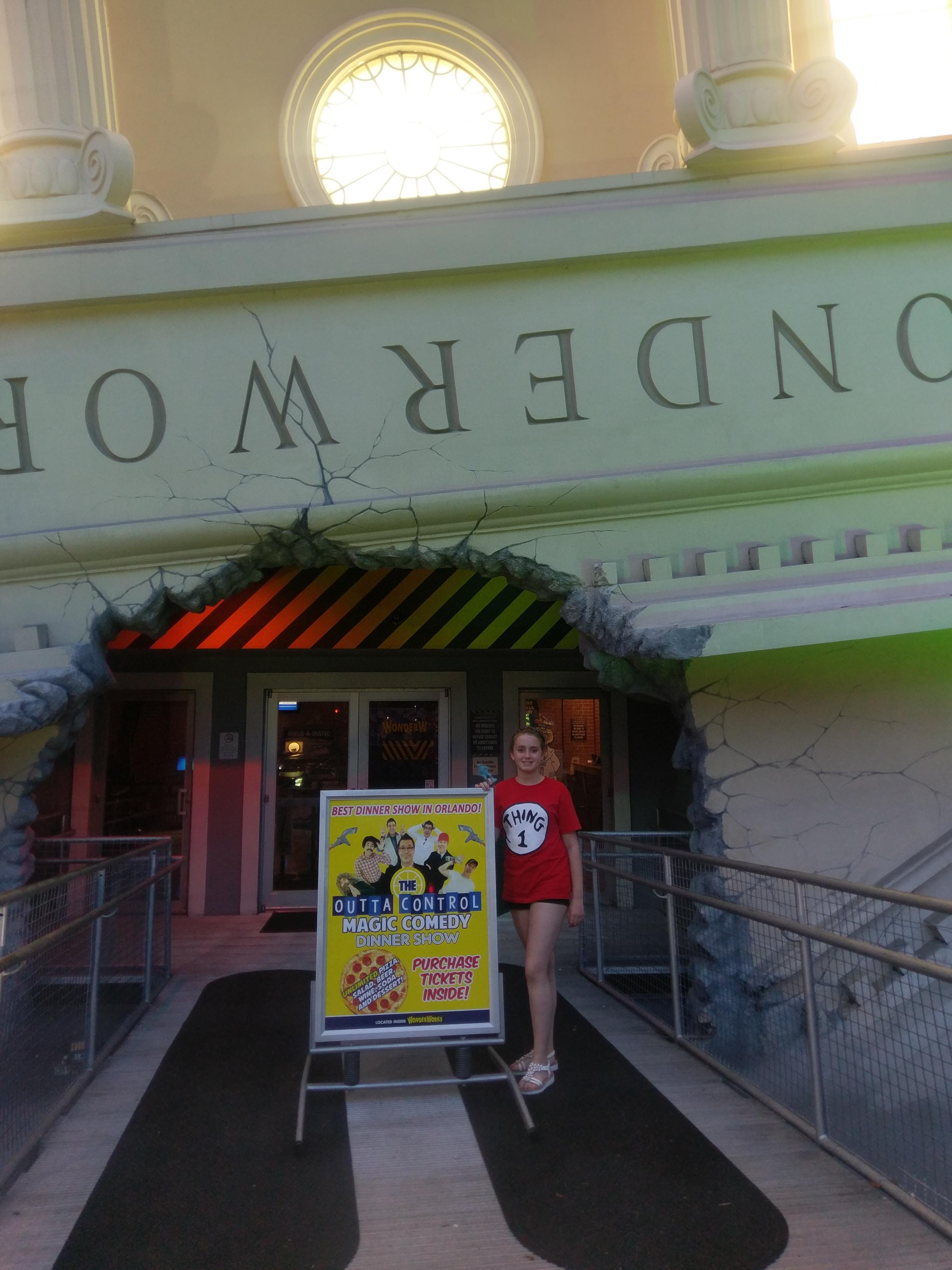 The Wonderworks Outta Control Magic Comedy dinner show, Orlando